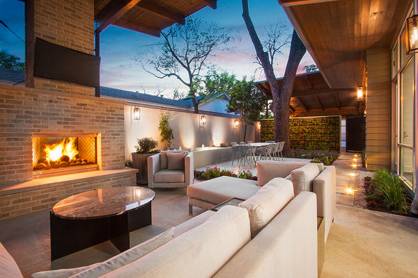 Agent 26 patio fireplace2